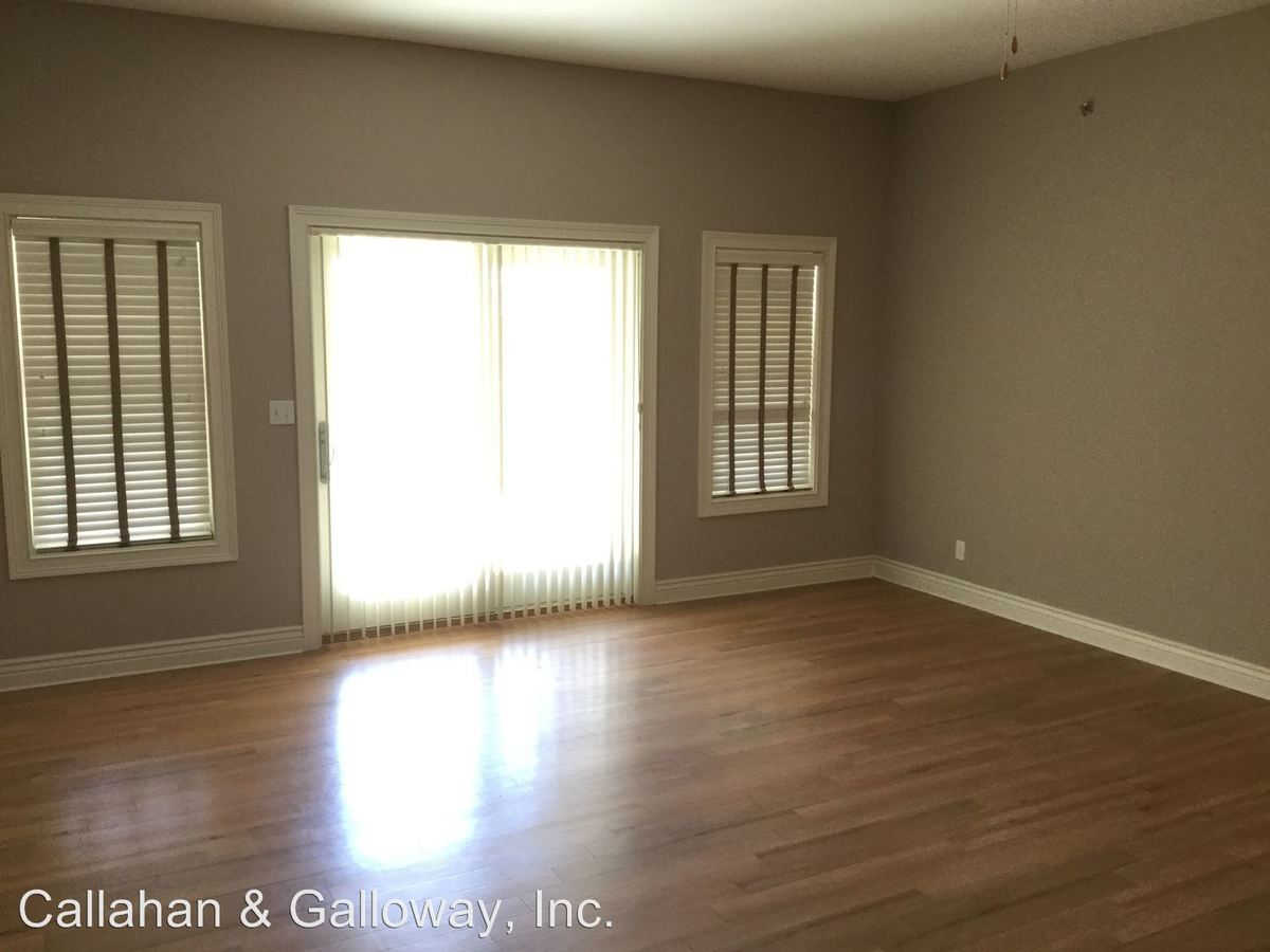 2 Bedrooms 2 Bathrooms Apartment for rent at 1104 E. Broadway in Columbia, MO