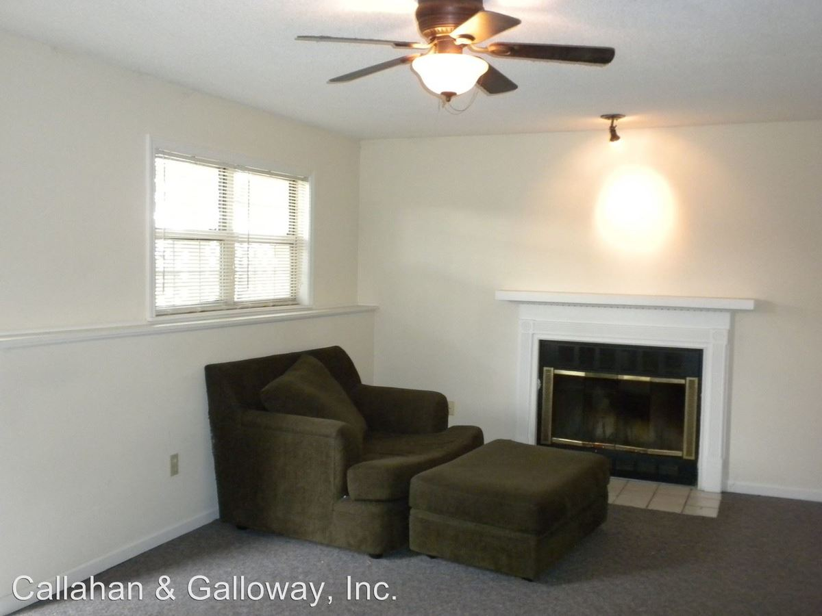 2 Bedrooms 1 Bathroom Apartment for rent at 209 St. Joseph in Columbia, MO