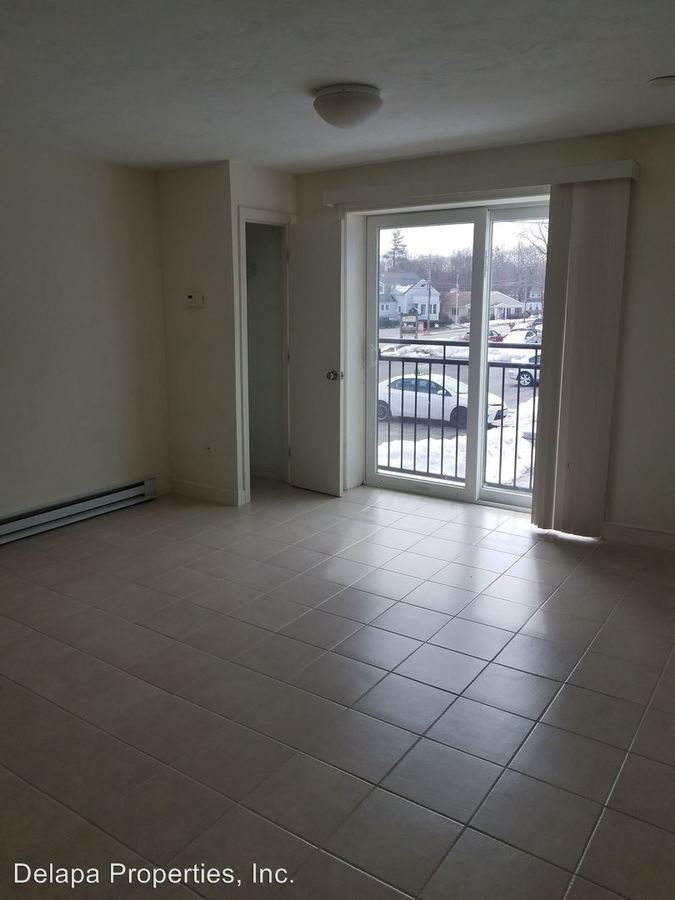 1 Bedroom 1 Bathroom Apartment for rent at Pond Street in Sharon, MA