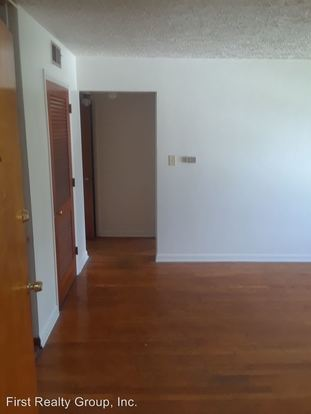 1 Bedroom 1 Bathroom Apartment for rent at 2525 Lakeview Avenue in Dayton, OH