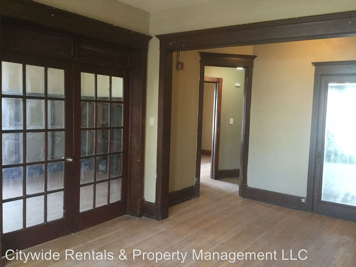 2 Bedrooms 1 Bathroom Apartment for rent at 2405 W. National Ave. in Milwaukee, WI