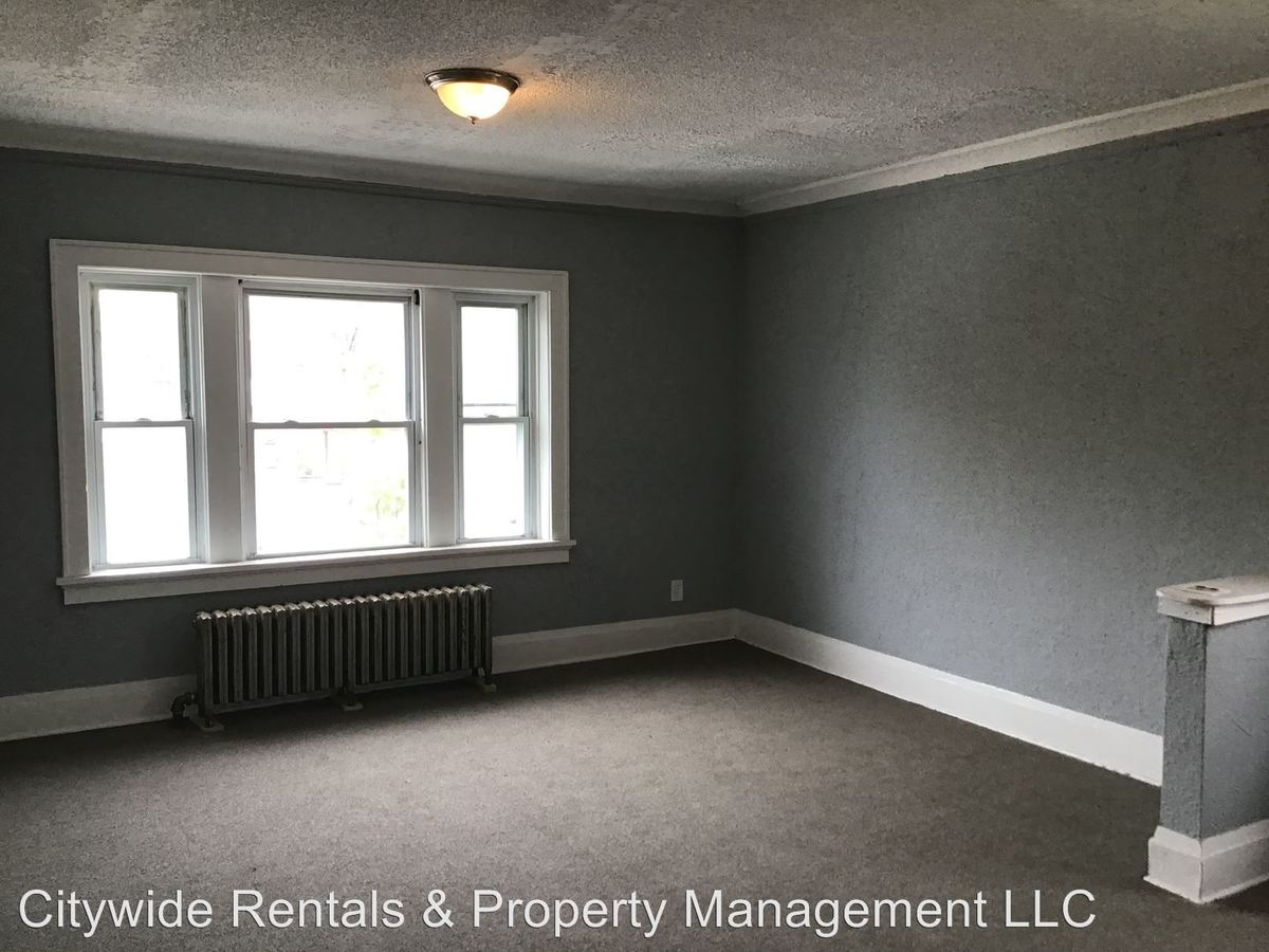 1 Bedroom 1 Bathroom Apartment for rent at 3866 N Port Washington Ave. in Milwaukee, WI