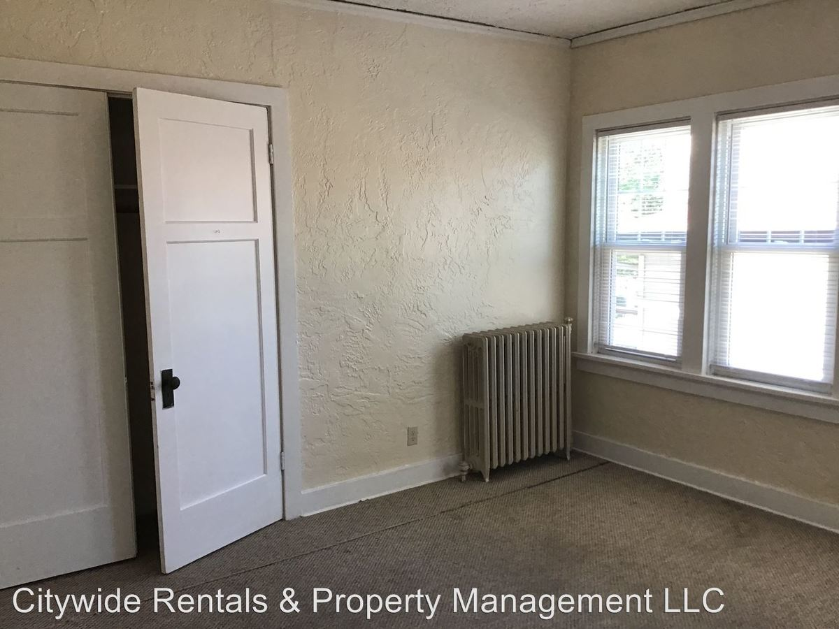 1 Bedroom 1 Bathroom Apartment for rent at 1718 S 81st St in West Allis, WI