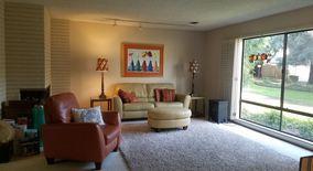 800 Elmhurst Circle Apartment for rent in Sacramento, CA