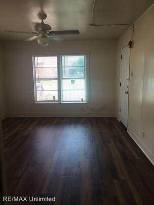 Studio 1 Bathroom Apartment for rent at 251 W High Ave in San Antonio, TX