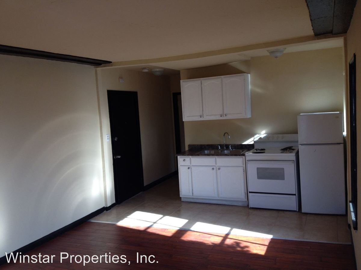 1 Bedroom 1 Bathroom Apartment for rent at 851 S. Kenmore Ave in Los Angeles, CA