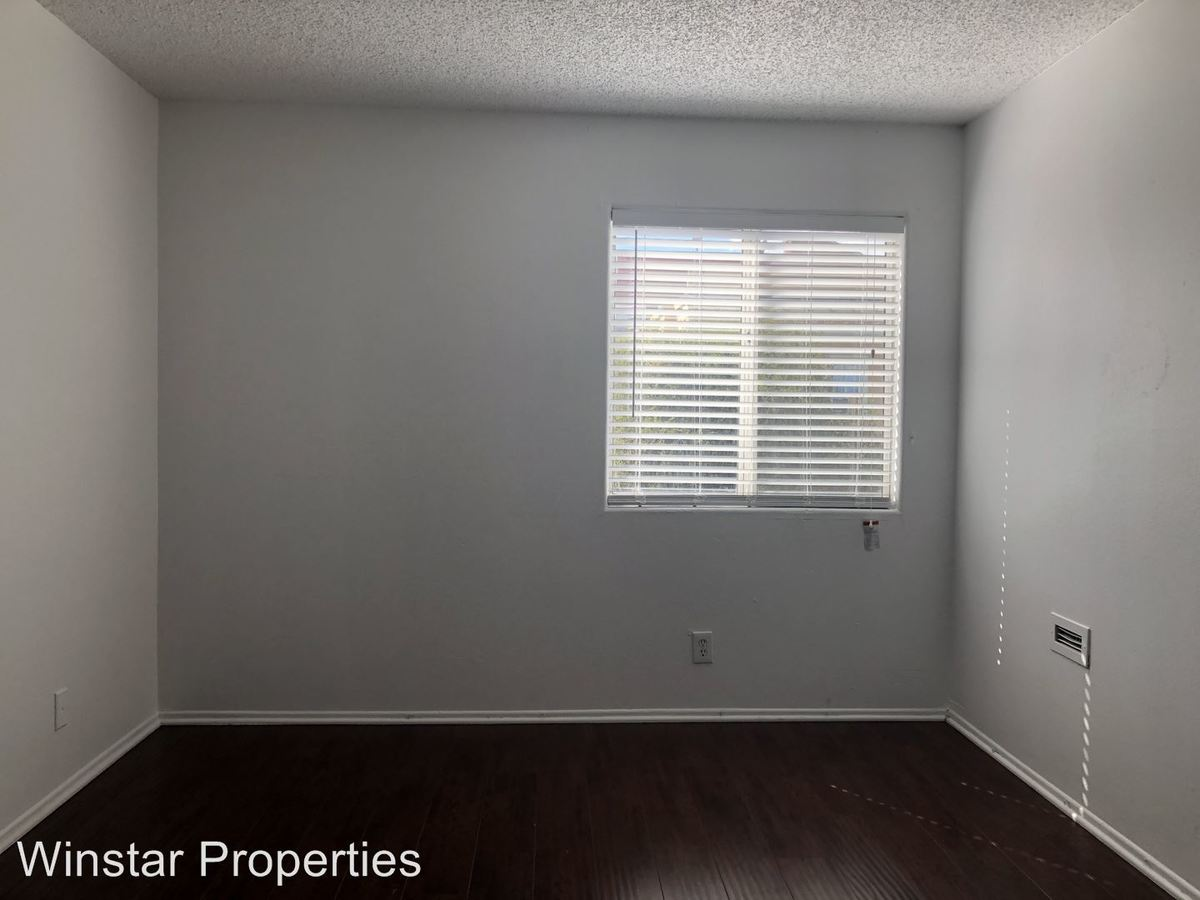 2 Bedrooms 1 Bathroom Apartment for rent at 356 S. Rampart Blvd in Los Angeles, CA