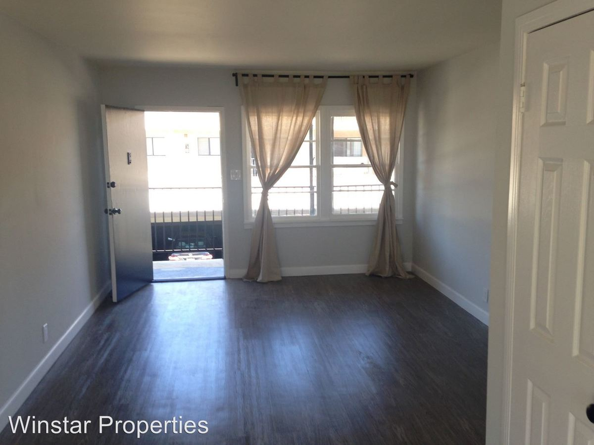 2 Bedrooms 1 Bathroom Apartment for rent at 438-440 E. Acacia Ave in Glendale, CA