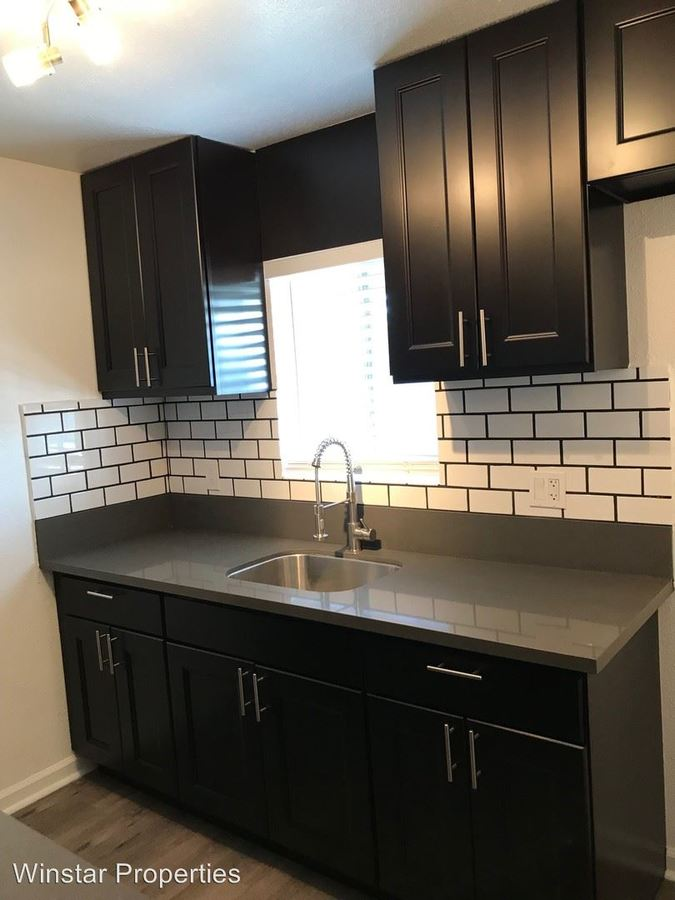 2 Bedrooms 1 Bathroom Apartment for rent at 317 E La Palma Ave in Anaheim, CA