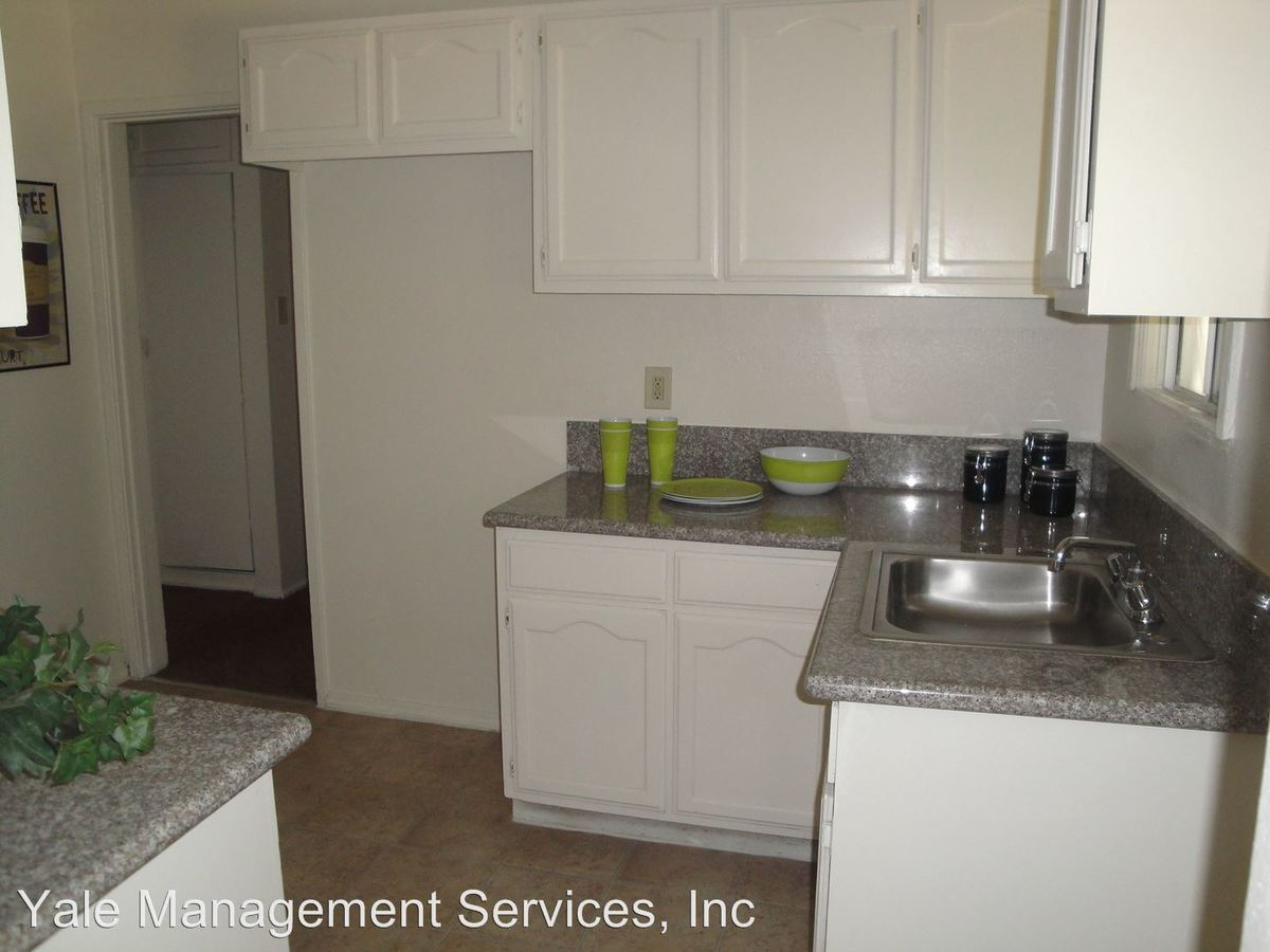 2 Bedrooms 1 Bathroom Apartment for rent at 645 W Pomona Blvd in Monterey Park, CA
