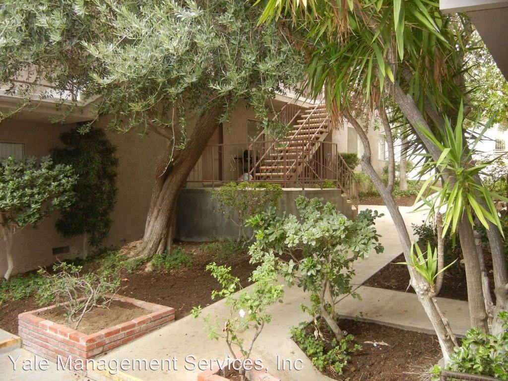 2 Bedrooms 1 Bathroom Apartment for rent at 18015 Beneda Lane in Canyon Country, CA