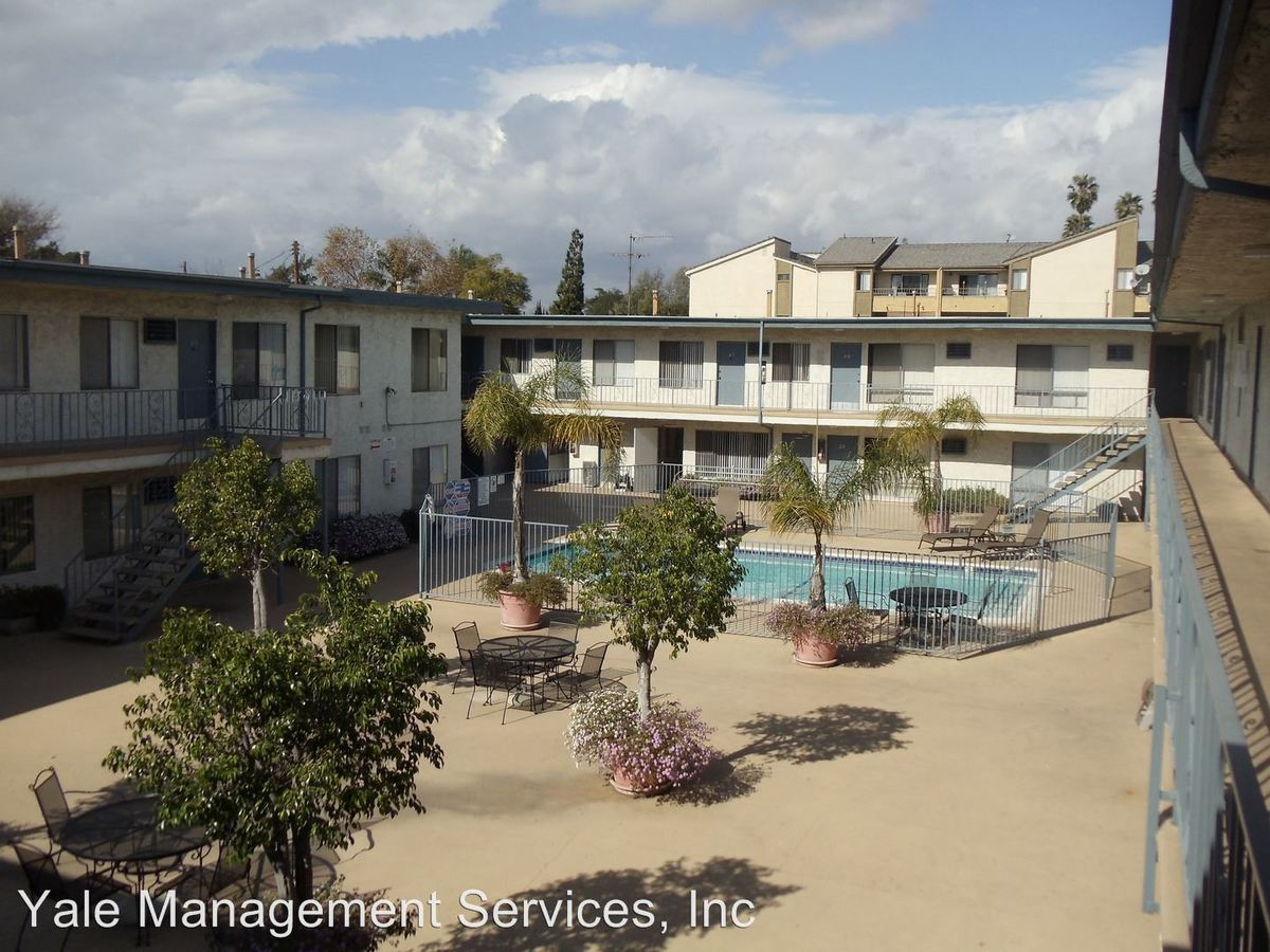 Studio 1 Bathroom Apartment for rent at 5747 Laurel Canyon Boulevard in Valley Village, CA