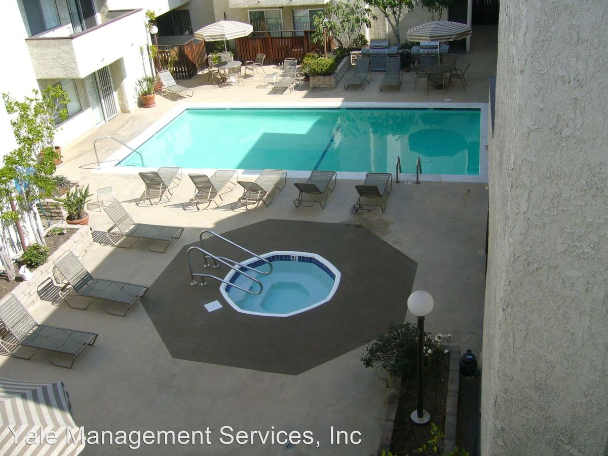 1 Bedroom 1 Bathroom Apartment for rent at 3400 Ben Lomond Place in Los Angeles, CA