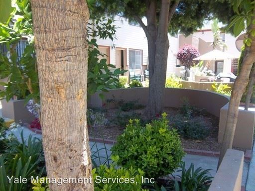 Studio 1 Bathroom Apartment for rent at 21445 Saticoy St. in Canoga Park, CA