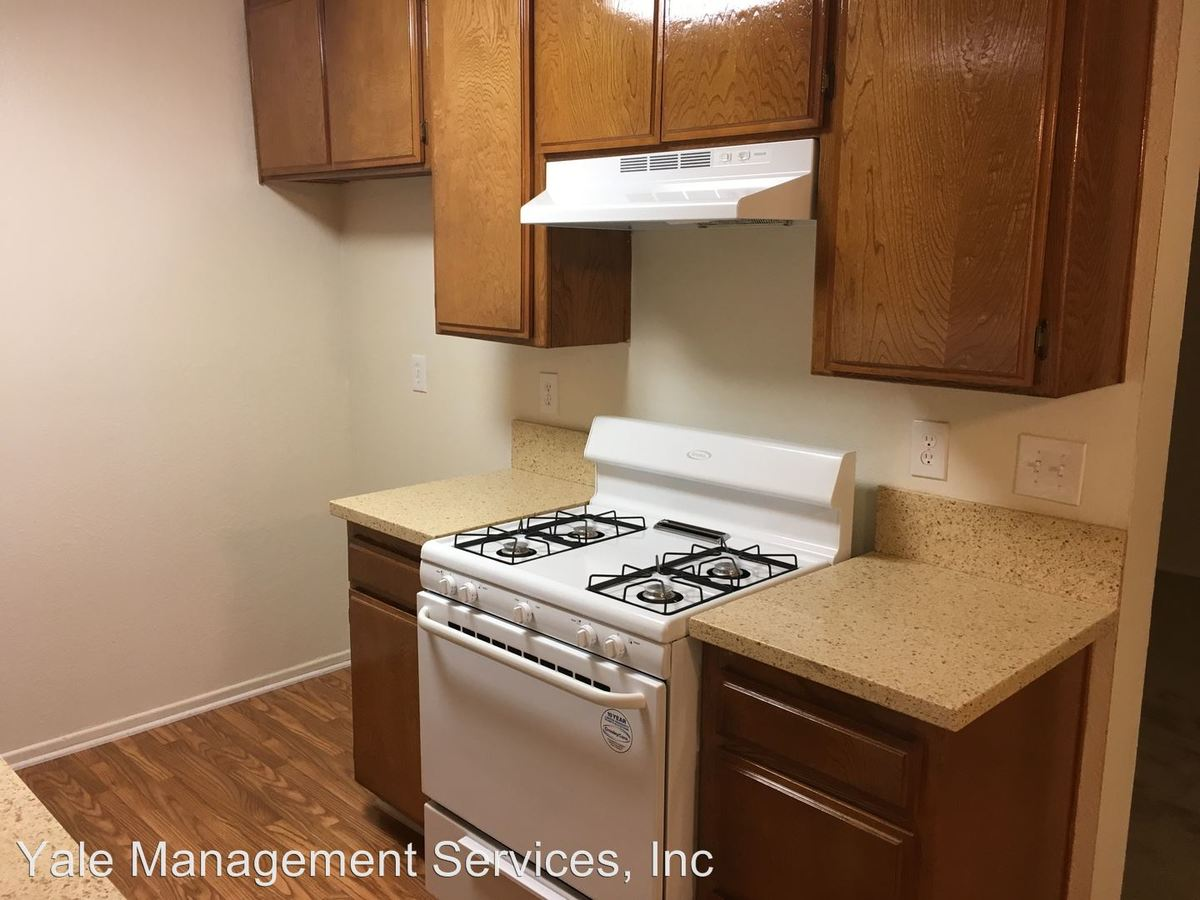 1 Bedroom 1 Bathroom Apartment for rent at 11495 Riverside Drive in Valley Village, CA