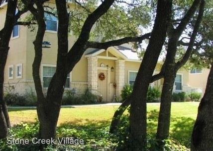 3 Bedrooms 2 Bathrooms Apartment for rent at 1000 Diamond Drive in Boerne, TX