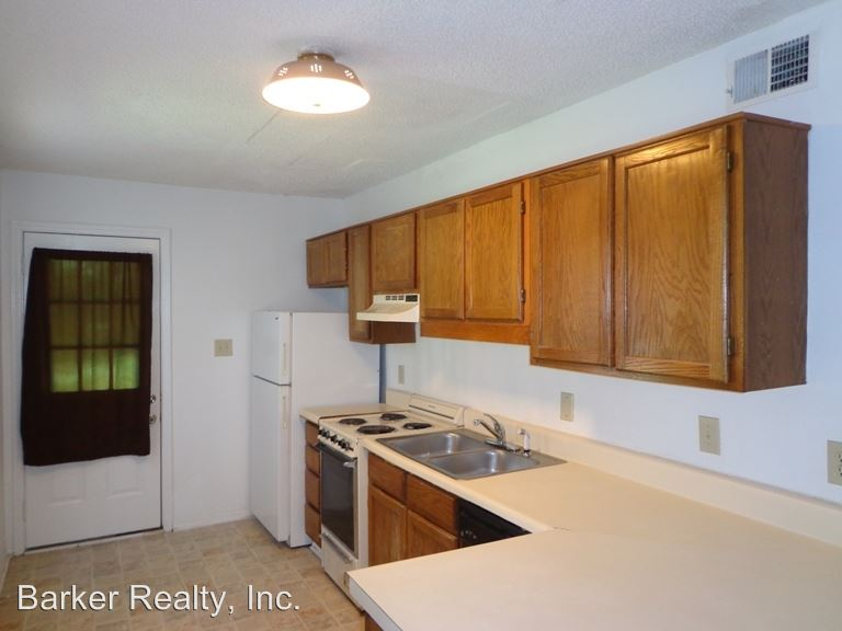 2 Bedrooms 2 Bathrooms Apartment for rent at 6112 Spice Ridge Lane in Raleigh, NC