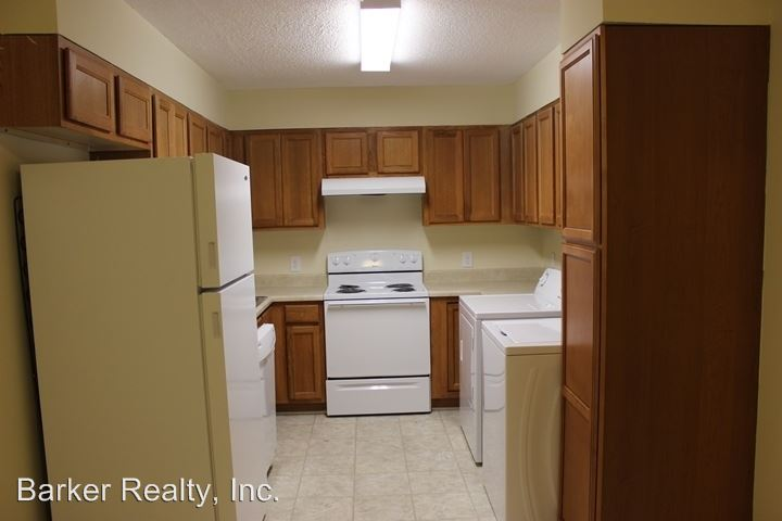 2 Bedrooms 1 Bathroom Apartment for rent at 203 E. Ransom Street in Fuquayvarina, NC