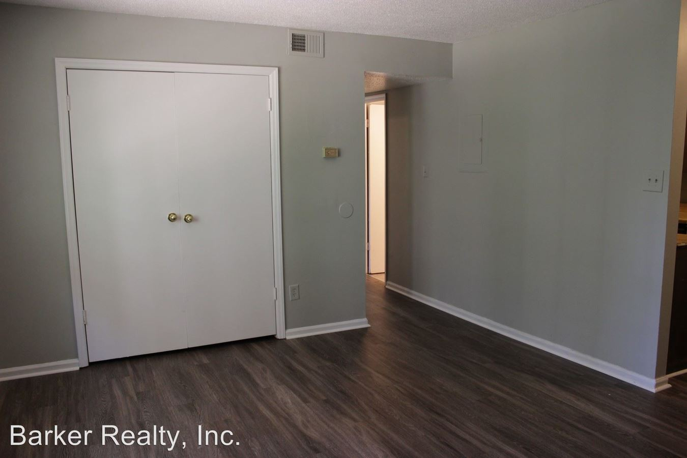 2 Bedrooms 1 Bathroom Apartment for rent at 1335 Courtland Drive in Raleigh, NC