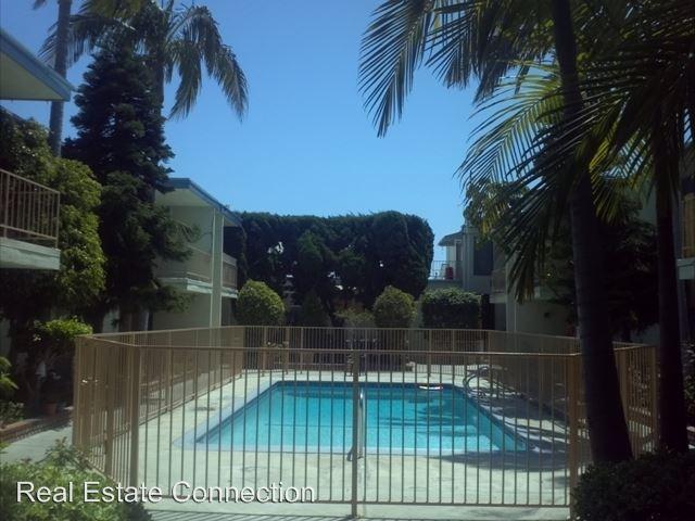 2 Bedrooms 1 Bathroom Apartment for rent at 23820 Arlington Avenue in Torrance, CA