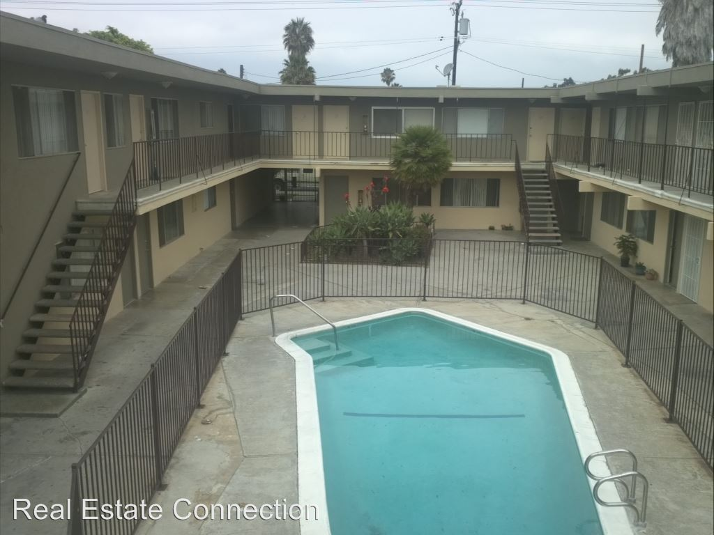 Studio 1 Bathroom Apartment for rent at 14812 Chadron Ave in Gardena, CA
