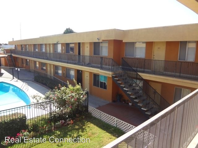 1 Bedroom 1 Bathroom Apartment for rent at 12714 Inglewood Ave in Hawthorne, CA