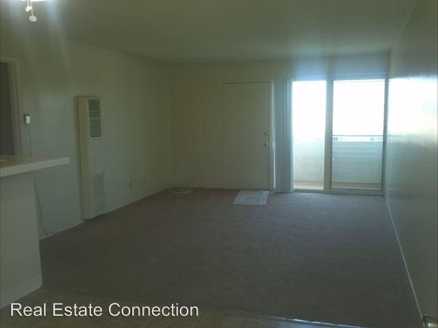 2 Bedrooms 2 Bathrooms Apartment for rent at 23820 Arlington Avenue in Torrance, CA