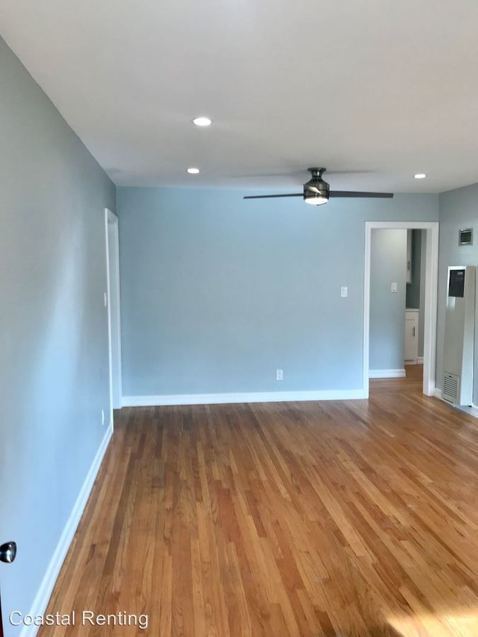 2 Bedrooms 1 Bathroom Apartment for rent at 2069 E. 3rd Street in Long Beach, CA