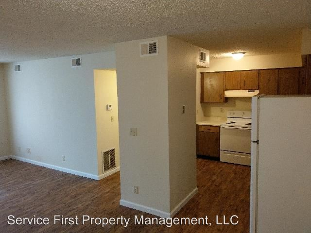 1 Bedroom 1 Bathroom Apartment for rent at 174-176 Church St in Hollister, MO