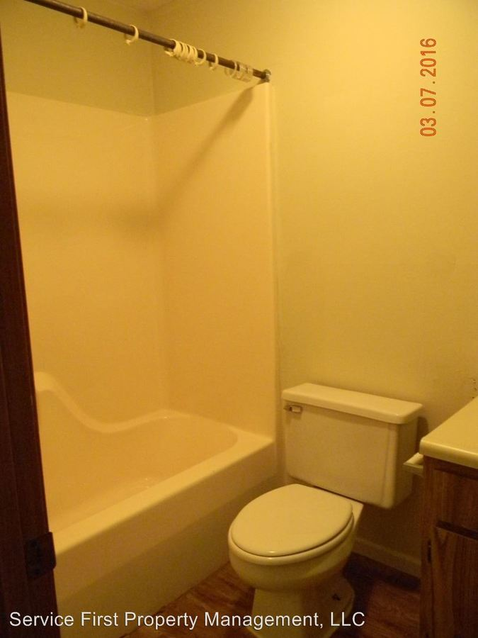 1 Bedroom 1 Bathroom Apartment for rent at 1714 Ashley Court in Mexico, MO