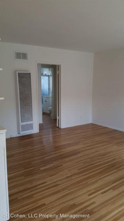 1 Bedroom 1 Bathroom Apartment for rent at 11940-11990 Laurelwood Drive Units 1-27 in Studio City, CA