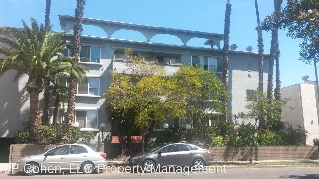 Studio 1 Bathroom Apartment for rent at 114 S. Gramercy Pl. Unit 101-311 in Los Angeles, CA