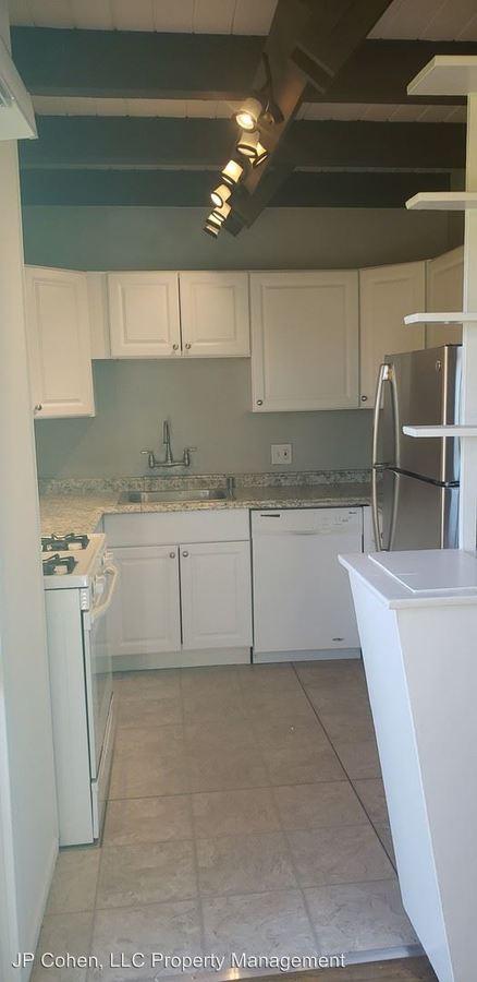 2 Bedrooms 2 Bathrooms Apartment for rent at 11940-11990 Laurelwood Drive Units 1-27 in Studio City, CA