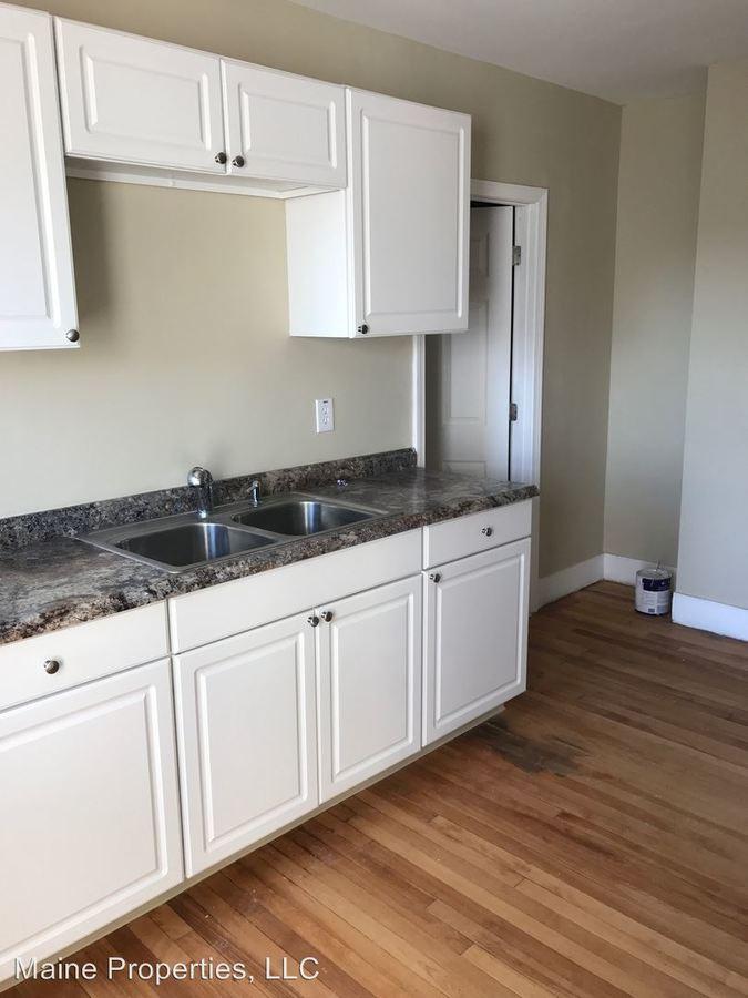 576 & 578 Washington Ave Portland, ME Apartment for Rent