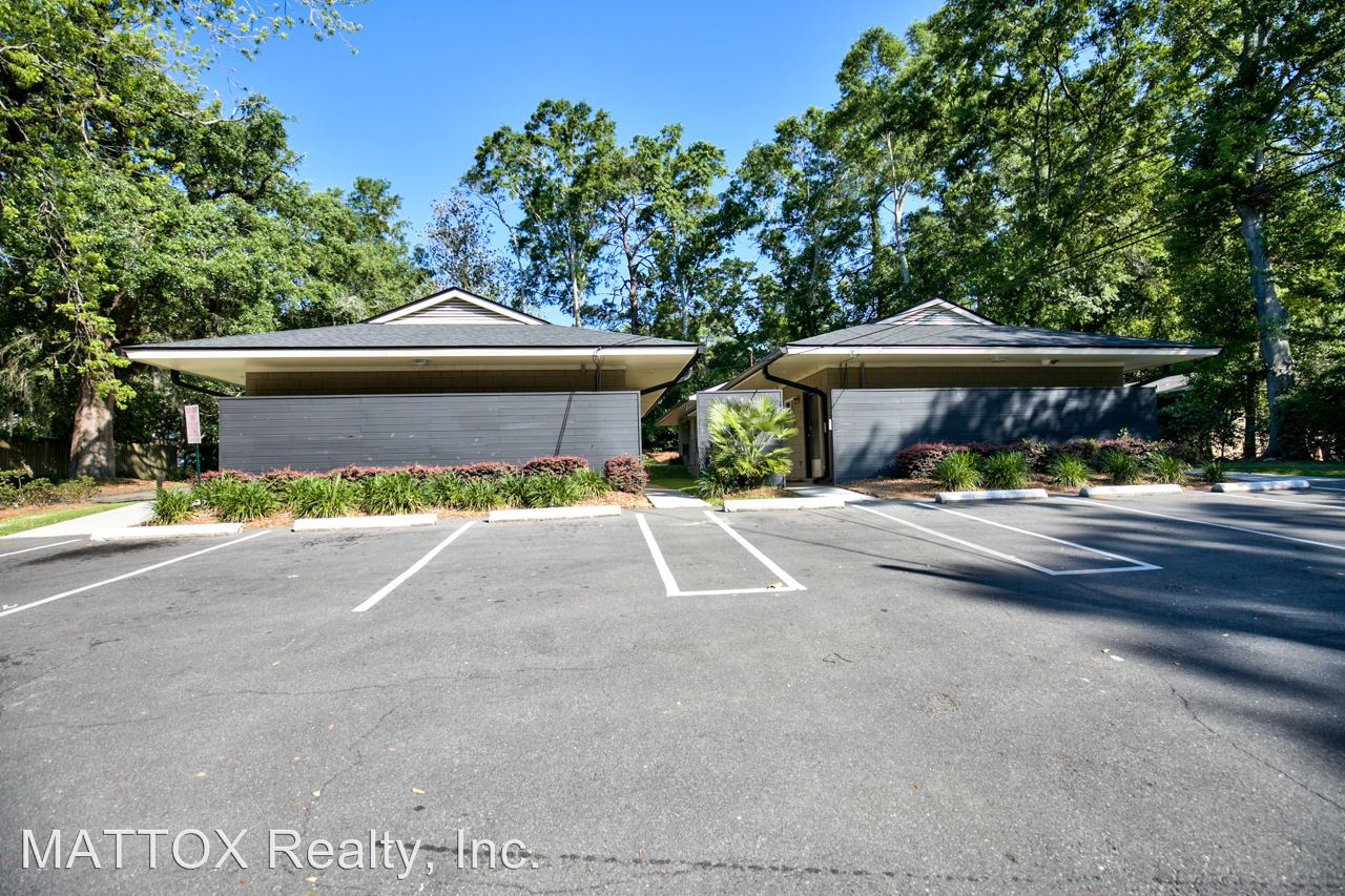1 Bedroom 1 Bathroom Apartment for rent at 560-574 Miccosukee Road in Tallahassee, FL