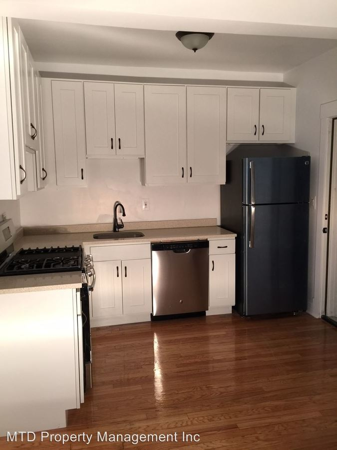 Studio 1 Bathroom Apartment for rent at 1004-26 W. Loyola in Chicago, IL