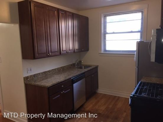 2 Bedrooms 1 Bathroom Apartment for rent at 2301 03 W. Addison 3546 3548 N. Oakley in Chicago, IL