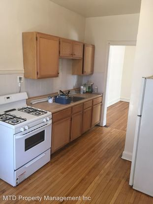 1 Bedroom 1 Bathroom Apartment for rent at 833 35 W. Leland in Chicago, IL