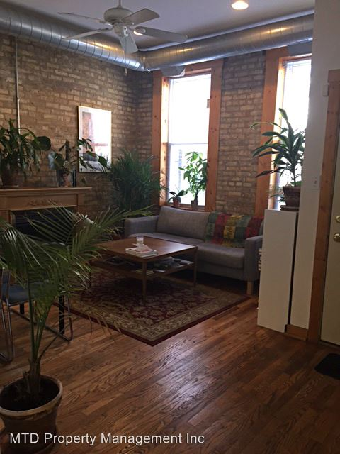 2 Bedrooms 1 Bathroom Apartment for rent at 1521 N. Bosworth in Chicago, IL