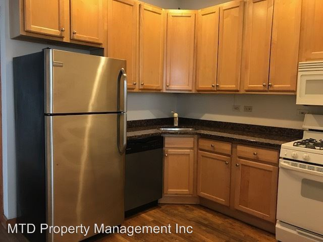 3 Bedrooms 1 Bathroom Apartment for rent at 1521 N. Bosworth in Chicago, IL