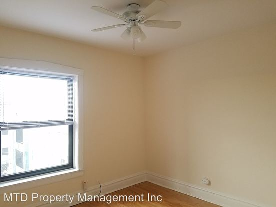 2 Bedrooms 1 Bathroom Apartment for rent at 2301-03 W. Addison 3546-3548 N. Oakley in Chicago, IL