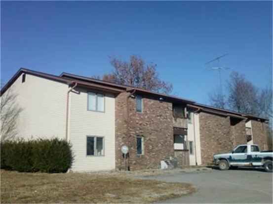 2 Bedrooms 1 Bathroom Apartment for rent at 4480 S Sioux St in Terre Haute, IN