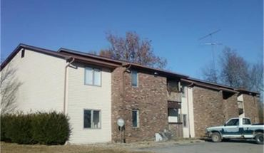Similar Apartment at 4480 S Sioux St