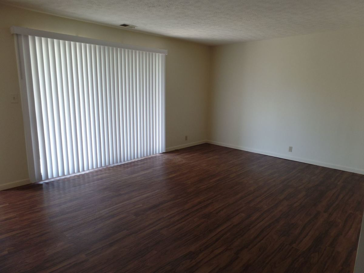 2 Bedrooms 1 Bathroom Apartment for rent at 2901 & 2905 Poplar St & 410 29th St. in Terre Haute, IN