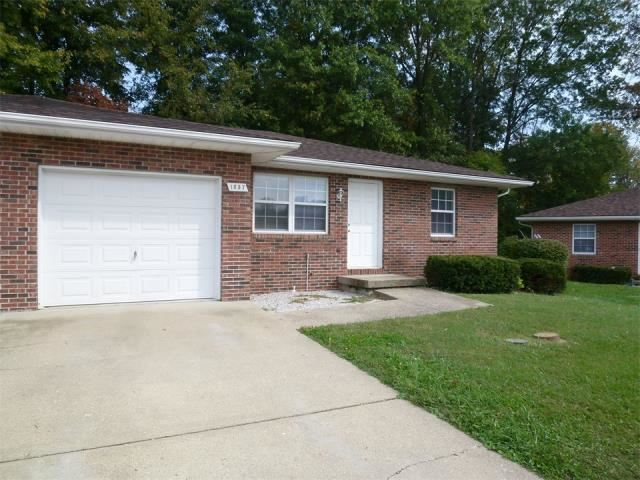 3 Bedrooms 1 Bathroom Apartment for rent at Country Walk 1601 - 1670 Country Walk Court in Terre Haute, IN