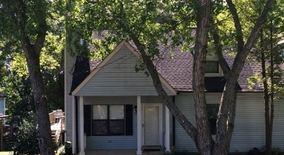 Similar Apartment at 511 Debbie Dr