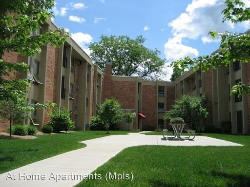 1 Bedroom 1 Bathroom Apartment for rent at 2480 South Hwy 100 in St Louis Park, MN