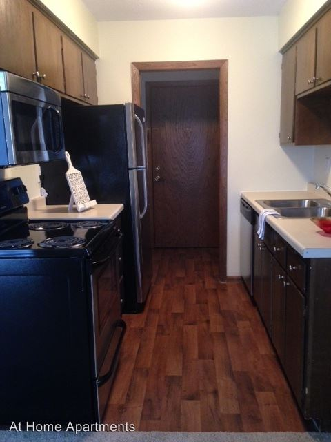 1 Bedroom 1 Bathroom Apartment for rent at The Park At One Hundred in St Louis Park, MN