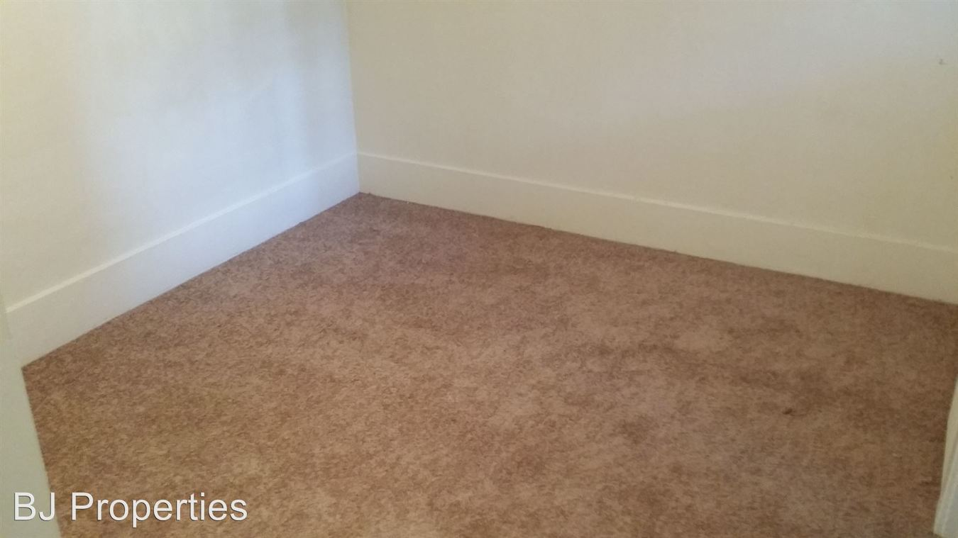 Studio 1 Bathroom Apartment for rent at 1600 Ocean Blvd in Long Beach, CA