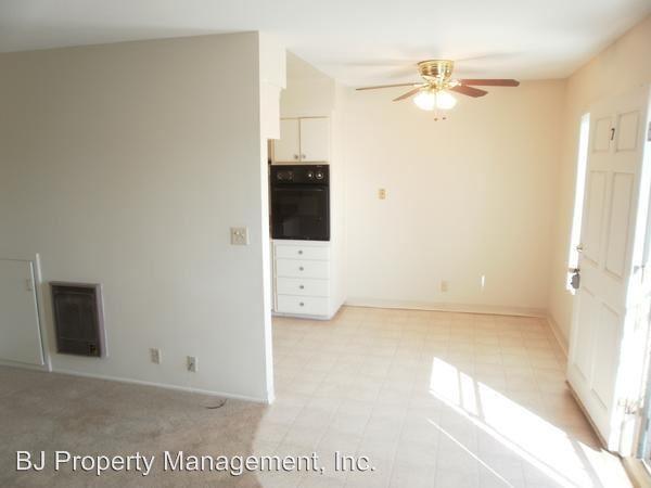 2 Bedrooms 2 Bathrooms Apartment for rent at 3921 Howard in Los Alamitos, CA